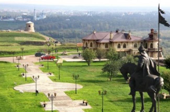 Школьный тур с экскурсией в 1000-летнюю Елабугу на 3 дня/2 ночи